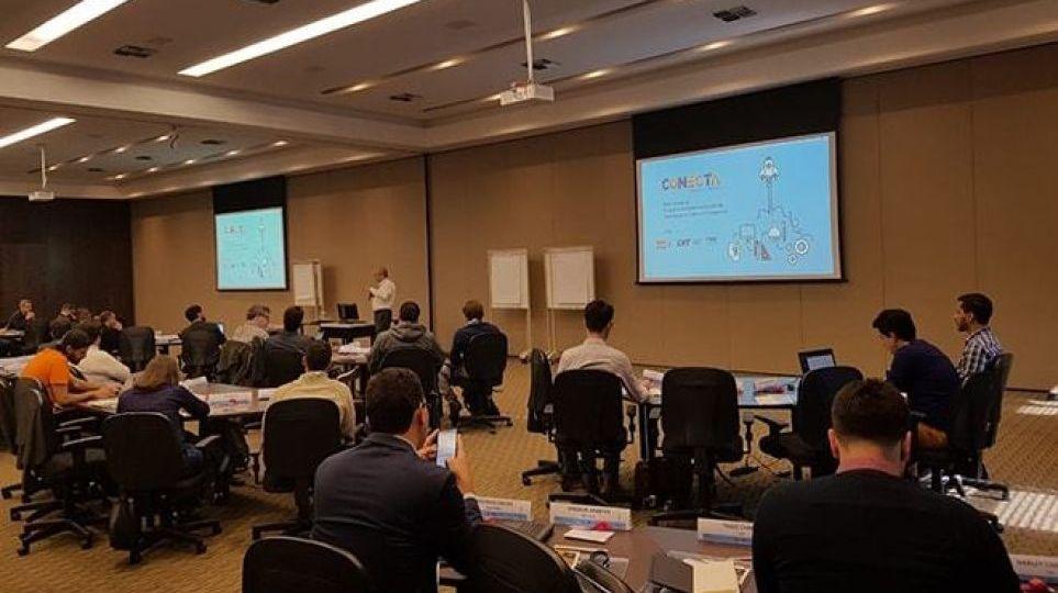 conecta-inicia-segunda-etapa-com-treinamento-sobre-modelo-de-negocios-para-startups